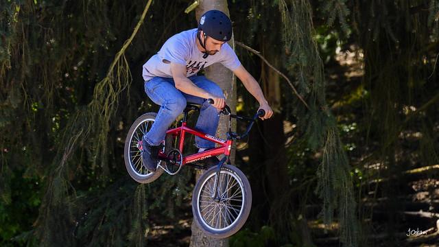 Airborne Biker