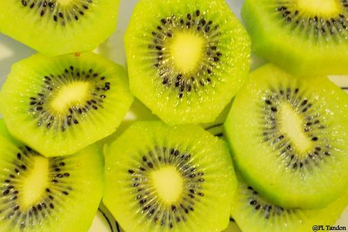 Kiwifruit, Actinidia deliciosa