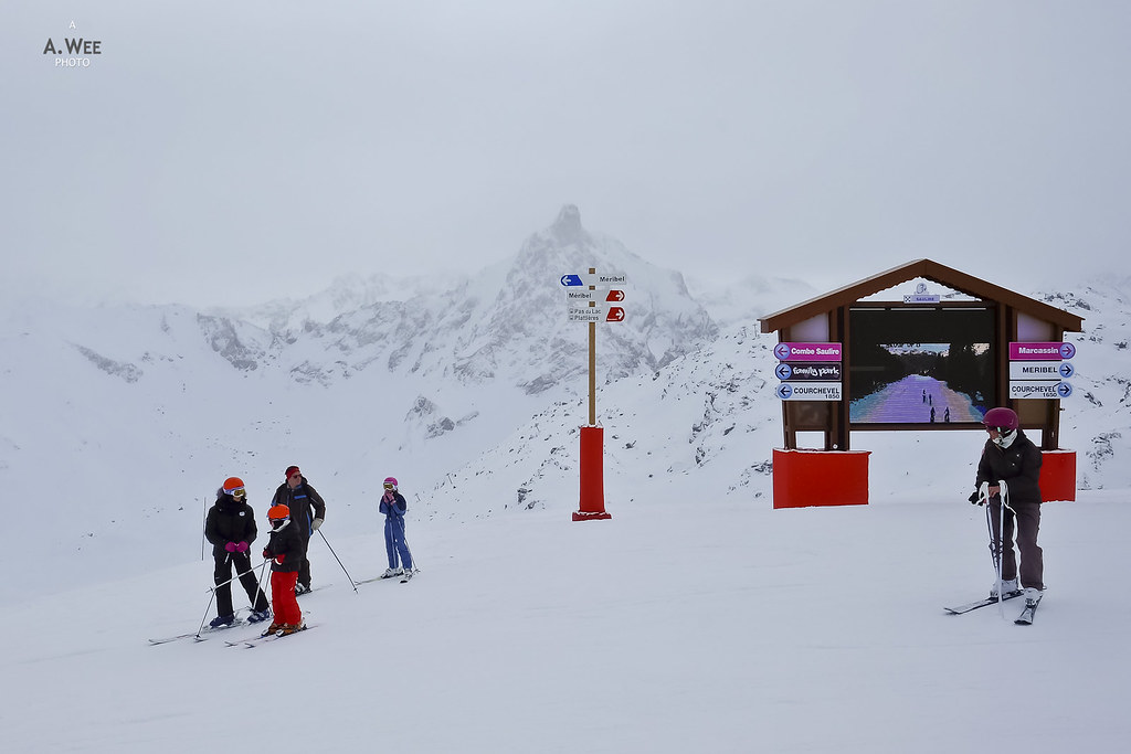 Signs to Courchevel