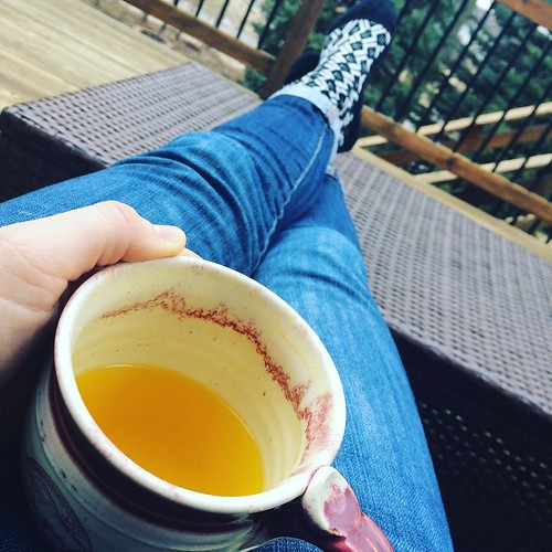 Turmeric Potion & Feet Up & The Patio // 🆗