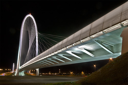 Complesso di Santiago Calatrava a RE - Ponte Nord [Santiago Calatrava bridge at a local highway exit - North section] | by ecatoncheires