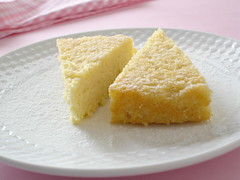 Damp lemon and almond cake / Bolo ultra úmido de amêndoas e limão siciliano | by Patricia Scarpin