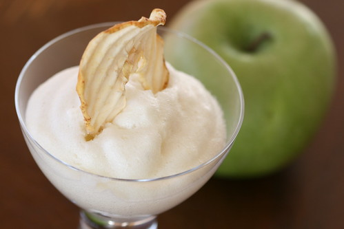 Apple mousse / Vahustatud õunatarretis | by Pille - Nami-nami