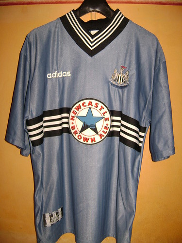 Newcastle United FC Away Shirt for EPL 96/97 (Front) #11 Asprilla | by monverine