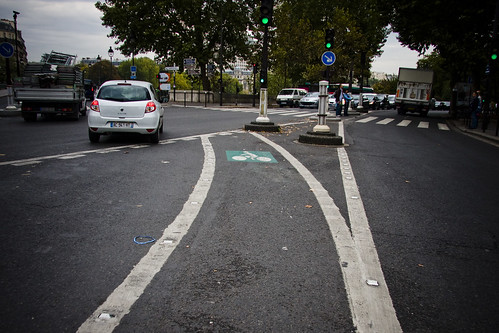 Paris Turning Lane | by Mikael Colville-Andersen