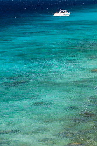 Turquoise sea | by Peter Nijenhuis