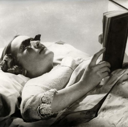 Bedbril / Glasses for reading in bed | by Nationaal Archief