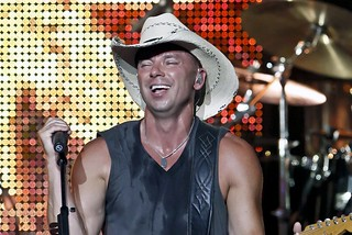 Chesney 2009 Tour | by minds-eye