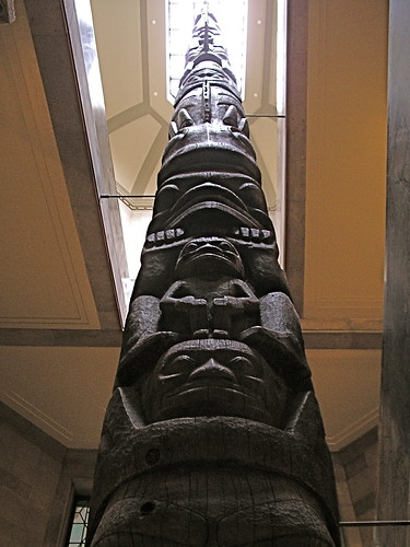 Totem pole | by Blue Lotus