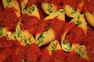 Conchiglioni (large pasta shells stuffed with spinach & ricotta), spicy tomato sauce | by topquark22