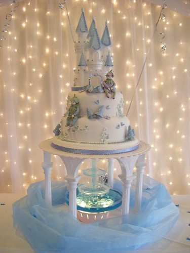 Beautiful Wedding Cake Fountain