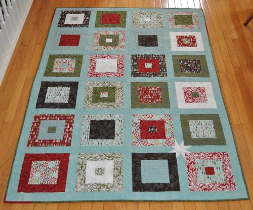 figgy pudding Christmas quilt front | by vickivictoria