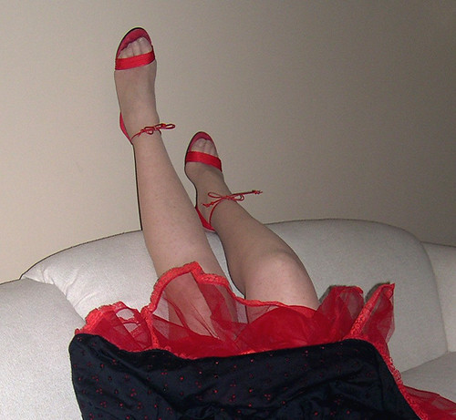 Red shoes, panty hose legs, toes, petticoat. | by Sugarbarre2