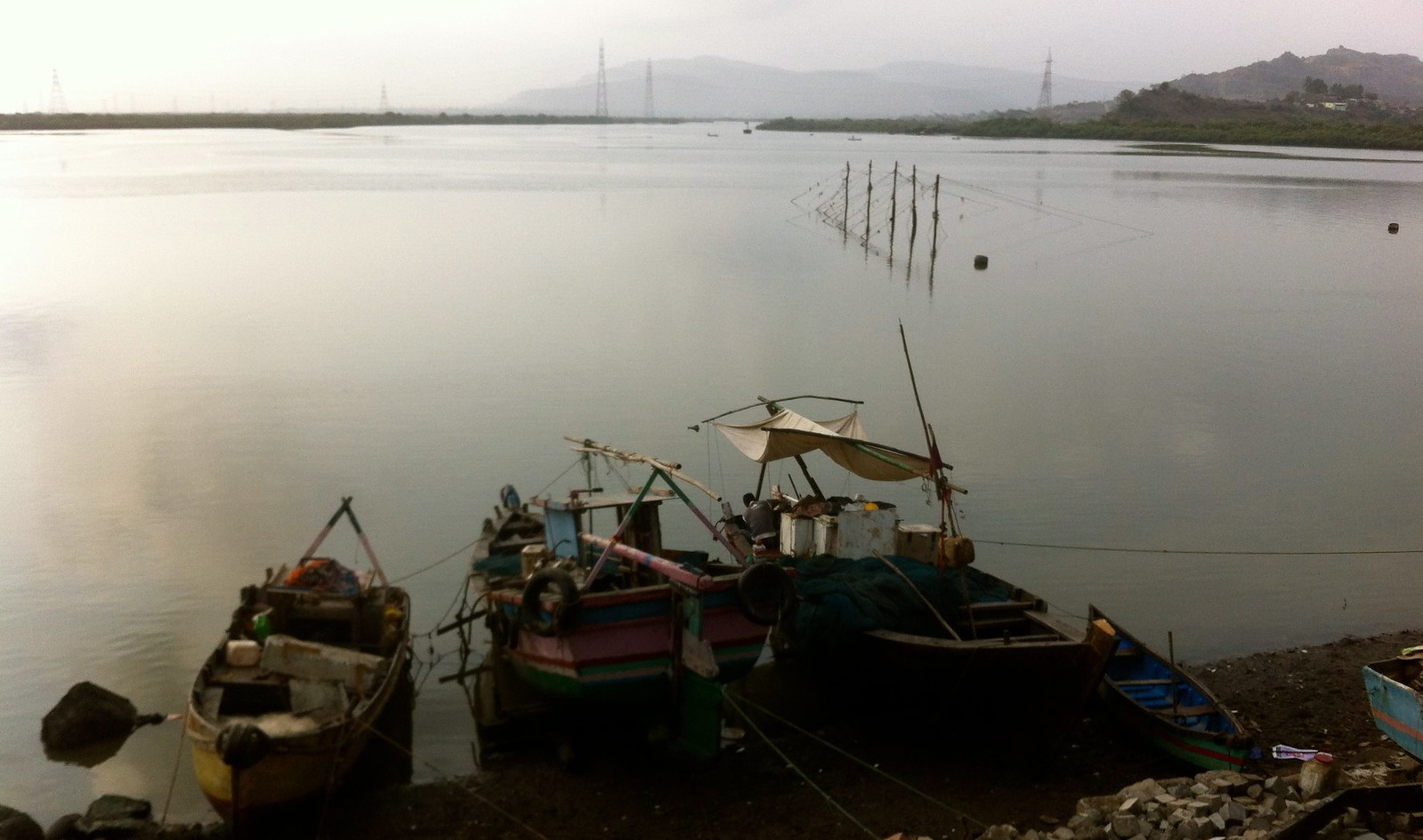 Cycling to Belapur Fort - Divale Fishing Village