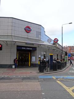 40g - Oval Station entrance
