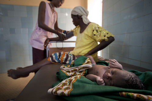 Astan her blood pressure checked in the maternity ward of Asacoba health clinic in Bamako | by World Bank Photo Collection