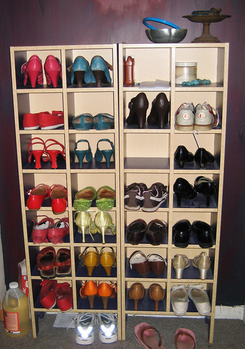 shoe storage | by happify