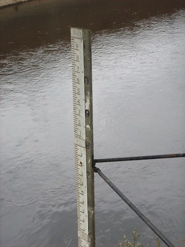 Water Depth Measure, River Don, Meadowhall | by Pimlico Badger