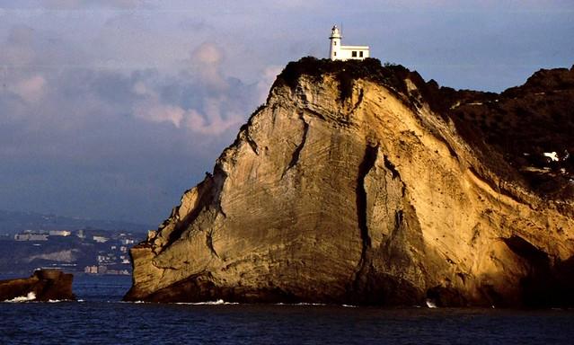 Leuchtturm am Kap - bei Ischia - 699
