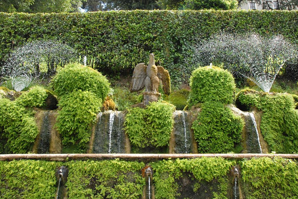 Fontaines de l'allée aux Cent-Fontaines (Tivoli)