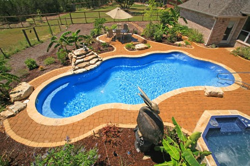 Gary 39 s pool patio san antonio tx fiberglass pools for Pool show san antonio