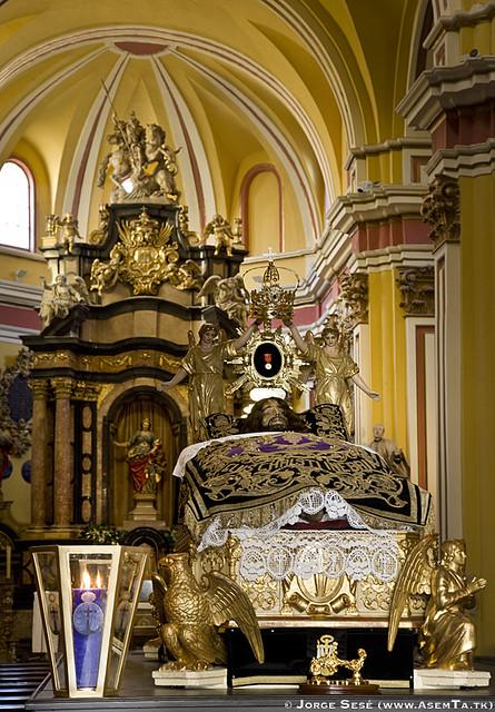Procesion extraordinaria bicentenario rescate cristo de la - Ropa de cama zaragoza ...