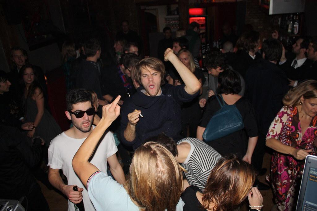 Glade mennesker til 'British 80s'-fest på Nadsat