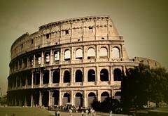 The Colosseum, Rome - کولوسِئوم by Parisa E