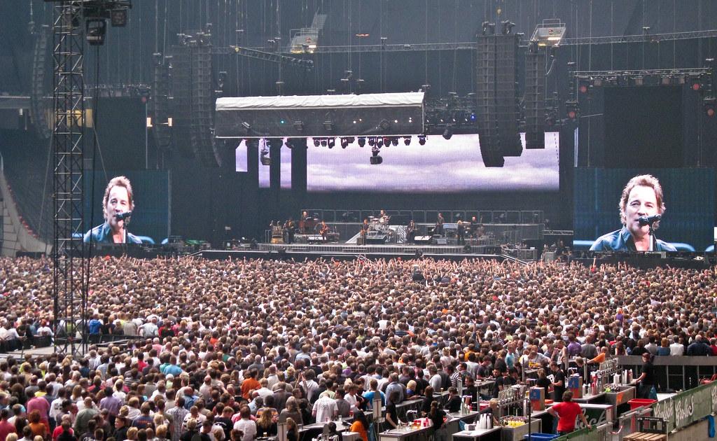 arena concert: