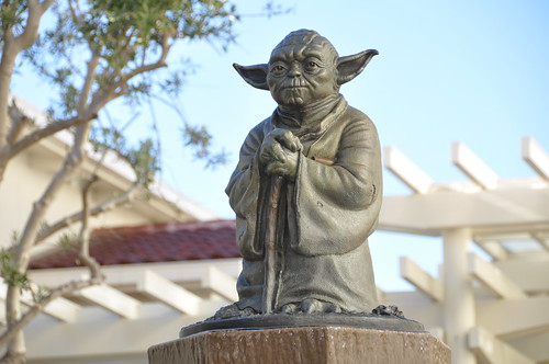 Yoda Fountain at Letterman Digital Arts | by Lee Bennett