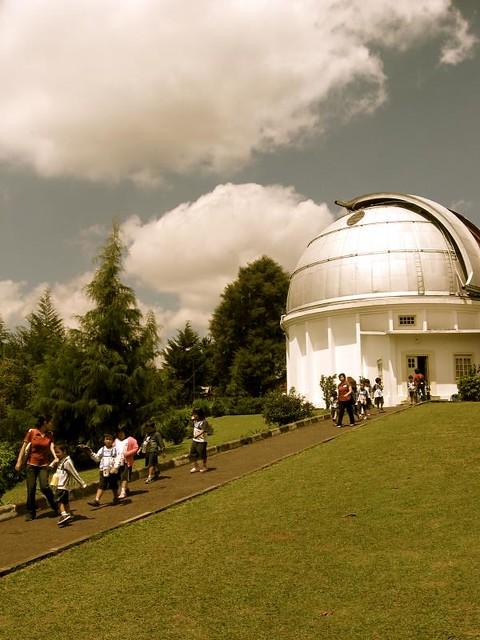 Foto Lengkap Observatorium Bosscha
