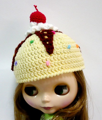 Blythe - Crocheted Sundae Hat - Vanilla | by melbangel