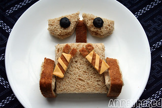 How to make Wall-E sandwich #12 | by AnnaTheRed
