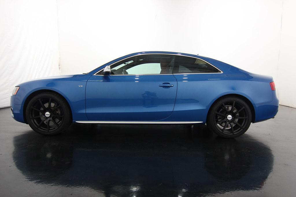 Audi s5 2012 Blue 2012 Audi s5 Blue Black Rims