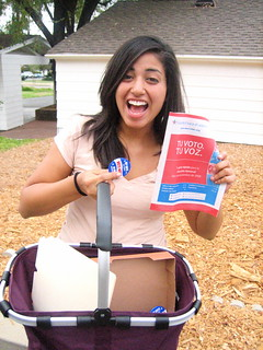 precinct walking in Escondido - ve y vota en jueves por OBama! | by Tricia Wang 王圣捷