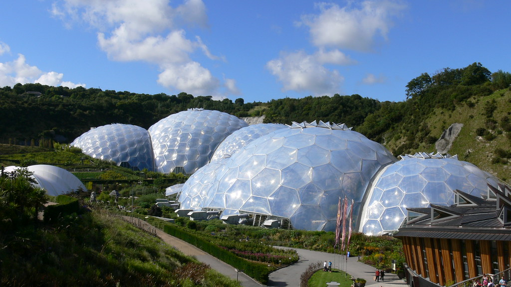 The lost gardens of heligan and eden project st austell for Gardening jobs cornwall