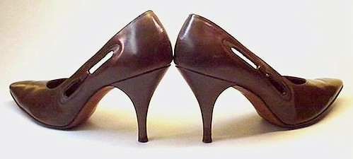 """JULIUS GARFINKLE"" brown leather pumps heels"