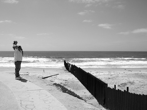 The Other Side - US/Mexico Border Fence | by 37 °C