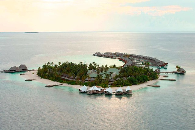 Trip to Maldives - W Retreat & Spa Resort Hotel