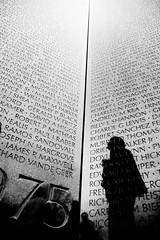 32/365 Memorial by rakeif