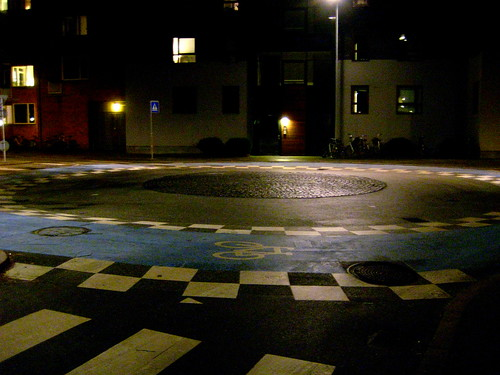 Nighttime Roundabout | by Mikael Colville-Andersen