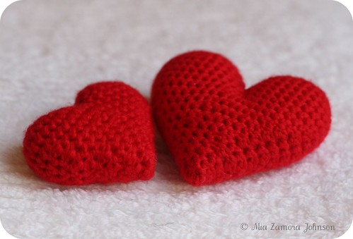 Free hearts pattern- Owlishly | by *mia*