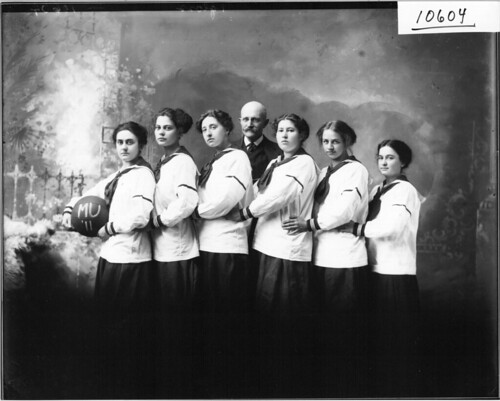 Miami women's basketball team 1911