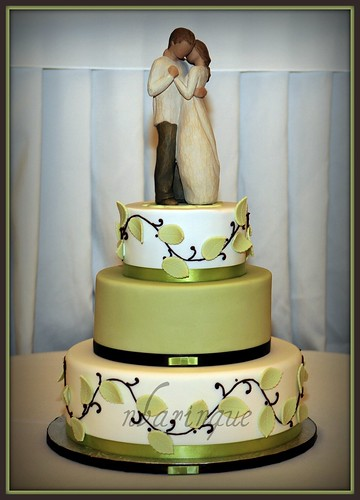 Willow Tree Wedding Cake | by Sweet Pudgy Panda