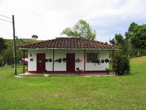 Antigua casa a las afueras de el santuario antioquia flickr - Casas de campo bonitas ...