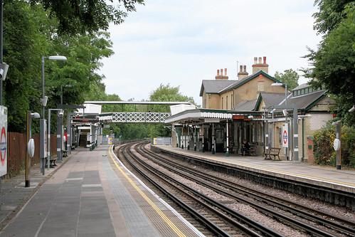 Woodside Park Underground station