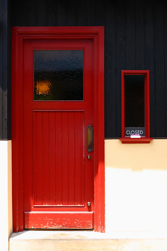 red door | by * Yumi *