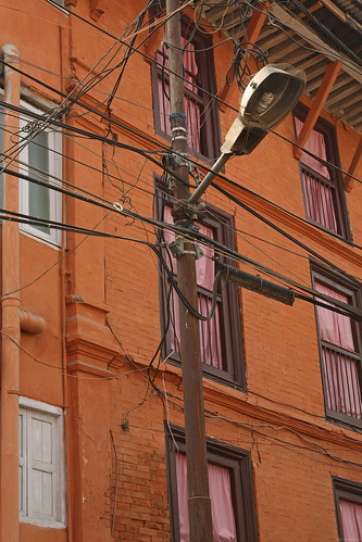 Electricty and phone lines in Kathmandu | by World Bank Photo Collection