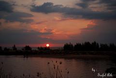 sunset malindo beach (pantai malindo) by SaifulAdli