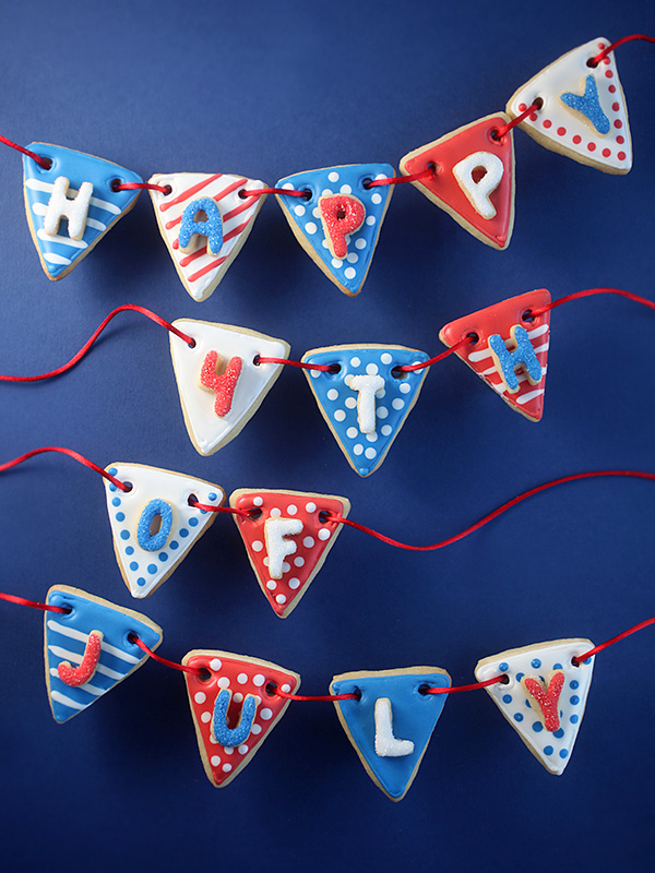 Fourth of July Pennant Bunting Cookies